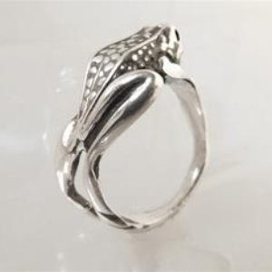 STERLING SILVER FROG - RING WRAP AROUND AS BAND