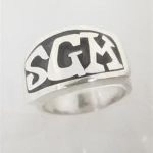 STERLING SILVER-RECTANGLE TAPERED BEZEL INITIAL RING TSH-ID-604